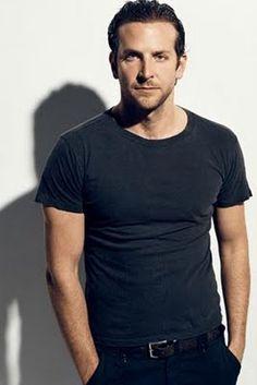 casual and classy Bradley Cooper, Ex Husbands, Celebrity Look, Celebs, Celebrities, Bearded Men, Sexy Men, Hot Guys, Beautiful People