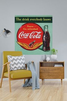 Coca-Cola Pause Go Refreshed Drink Everybody Knows Decal Vintage Ads, Vintage Style, American Drinks, Coca Cola Decor, Retro Living Rooms, Wall Borders, Soda Fountain, Metal Panels, Panel Art