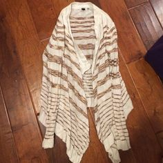 White and brown cardigan Striping cardigan. No wear. Looks great with dark skinny jeans and booties! Sweaters Cardigans