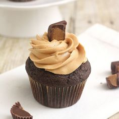 Peanut Butter Dulce de Leche Cupcakes by Tracey's Culinary Adventures, via Flickr