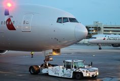 Commercial Plane, Commercial Aircraft, Airplane Photography, Cargo Services, Air Photo, Cargo Airlines, Boeing 777, Pet Carriers, Baggage