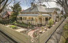 An eight room sandstone return verandah villa is up for auction in Adelaide, South Australia, on Saturday 20 September Outside House Colors, Queenslander House, Exterior House Colors, Cottage Exterior, Facade House, House Facades, Beach Mansion, House Paint Color Combination, Australia Living