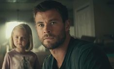 Chris Hemsworth in movie 12 Strong.