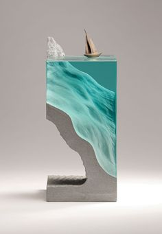 SET SAIL Laminated float glass, cast concrete and bronze.W170mm x D170mm x H390mm by Ben Young Escultura con concreto y vidrio que parece agua con un bote