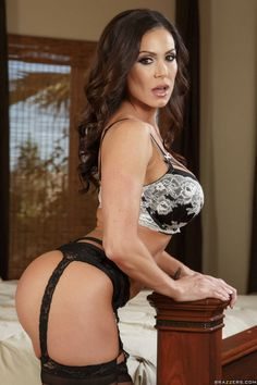 Kendra Lust In Black Stockings And Sexy Shoes Posing On Bed | Pornstar Gallery
