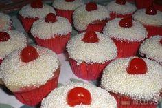 Receita de Cupcake de cereja em receitas de bolos, veja essa e outras receitas aqui!