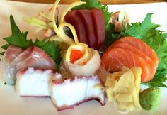 10 beautiful pieces of sashimi!