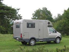 Autark crosser C - - Volkswagen Transporter, Vw T5, T4 Transporter, Off Road Camper, Vw Camper, Cool Campers, Happy Campers, Mercedes Camper, Expedition Vehicle