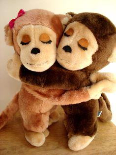 Dakin Hugging Monkey Couple Vintage Dakin 1970s