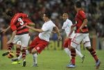 Portal da Agencia o Globo - Fotos do dia 10/10/2013 - Campeonato Brasileiro 2013. Jogo Flamengo x Internacional no Maracanã