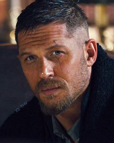 ― Tom Hardy THⱽさん( 「'The mystic eye is an ancient symbol of the so-called third eye, the conduit for secret, mystic, or…」 Handsome Men Quotes, Handsome Arab Men, Beautiful Women Quotes, Beautiful Men, Beautiful Pictures, Tom Hardy Haircut, Tom Hardy Beard, Tom Hardy Hot, Tom Hardy Variations