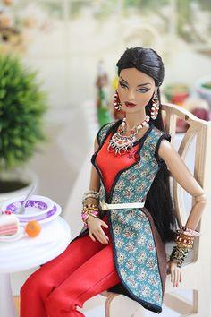 544 najlepších obrázkov z nástenky Miniatúry - šaty - spoločenské ... b7ea396a2f8