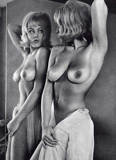 Mature uk women naked