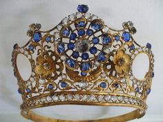 odditiesoflife:    Stunning Vintage Victorian French Large Gilt / Paste Crown / Tiara /1860s