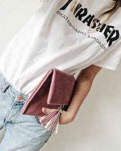 Velvet morning. #frachella #velvet #clutch #fashion #thrasher #jeans