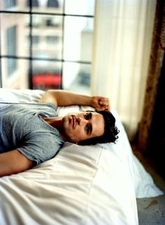 Cristian Grey in my book. oh my.Matt Bomer este es el que quiero Matt Bomer, Look At You, How To Look Better, Gorgeous Men, Beautiful People, Pretty People, Nice People, Stunningly Beautiful, Hello Gorgeous
