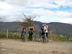 Gracias a Pedaleando ando por esas bicis tan geniales visiten su página https://www.facebook.com/pedaleandoando.villadeleyvarentbike?fref=ts