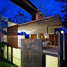 House in Ubatuba | Ubatuba, Brazil | SPBR Arquitetos. Homesandlifestylemedia.com #design #architecture #contemporary Call us for details 480.717.1310 Or visit  http://homesandlifestylemedia.com/