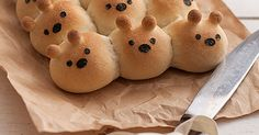 Edible Bears: friend bread bears