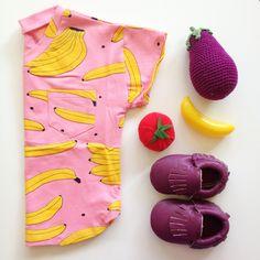 Tee Shirt Banana and violet moccs