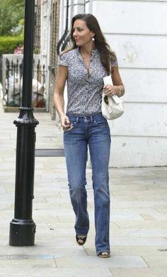 Camicia fantasia e jeans