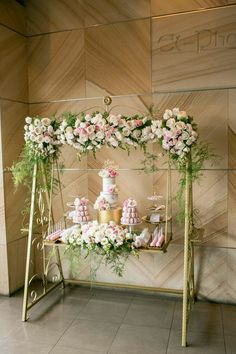 Little Big Company   The Blog: Pretty In Pink Christening by Cupcakes by Rita