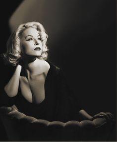 69745977a 52 delightful Film Noir   Femme Fatale photoshoot inspirations ...