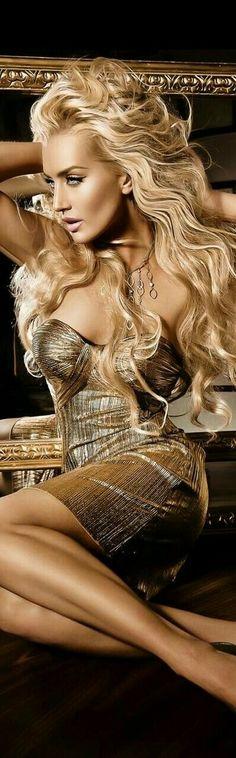 Beauty And Fashion, Gold Fashion, Glamour, Most Beautiful Women, Beautiful People, Blondes Sexy, Vestido Dress, Hot Blonde Girls, Beauty