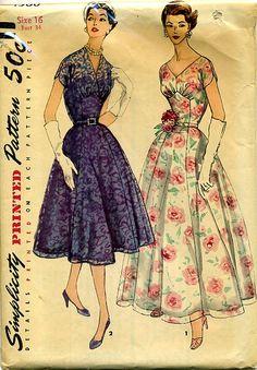 Simplicity 1580 Cocktail/Evening Dress dated 1956