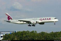 Qatar Airways Airbus A350-941XWB