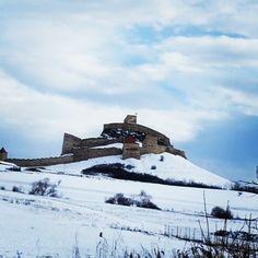 Cetatea #Rupea. #Transilvania #Transylvania #Romania #snow #sky #white #blue #fortress Blues, Mountains, Nature, Travel, Instagram, Naturaleza, Viajes, Trips, Nature Illustration