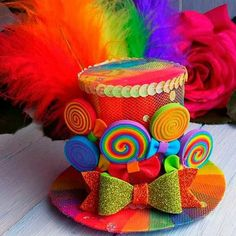 Mini Top Hat Headband Rainbow Mini Top Hat Mad Hatter Hat Tea Party Hat Alice in Wonderland Hat Fascinator Rainbow Mini Hat - Top Trends Crazy Hat Day, Crazy Hats, Mad Hatter Hats, Mad Hatter Tea, Sombreros Fascinator, Karneval Diy, Candy Costumes, Tea Party Hats, Tea Parties