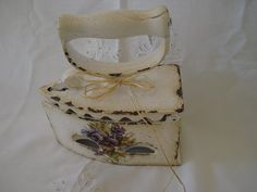 Decoupage, Antique Iron, Washi, Restoration, Decorative Boxes, Shabby, Sewing, Antiques, Projects
