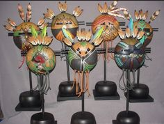 Native American Masks, Easy Crafts To Sell, Diy Crafts, Ceramic Mask, Paper Feathers, Hand Painted Gourds, Spirited Art, Masks Art, Tiny Dolls