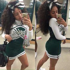 Black Female Cheerleader takes a picture of herself Cheerleading Photos, Cheerleading Uniforms, Cheerleading Flyer, Black Cheerleaders, Football Cheerleaders, Cheer Practice, Cheer Hair, Cheer Outfits, Cheer Dance