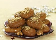 Melomakarona, are Greek Christmas honey dipped oil cookies that date back to the century Greek Sweets, Greek Desserts, Greek Recipes, Greek Christmas, Christmas Baking, Christmas Time, Christmas Recipes, Christmas Crafts, Mediterranean Desserts