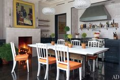 dam images celebrity homes brooke shields brooke shields david flint wood new york home 05 kitchen