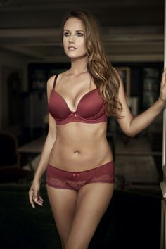 30887c017c Parfait Casey Plunge Molded Bra and Boyshort in Ruby Wine