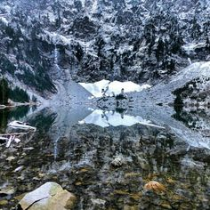 Lake 22. North Cascades -- Mountain Loop Highway. Roundtrip 5.4 miles, Elevation Gain 1350 ft, Highest Point 2400 ft.