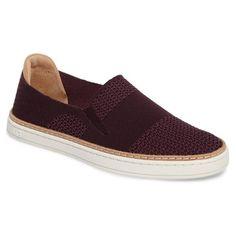 b858e137b43 Rank   Style - UGG Sammy Sneaker  rankandstyle