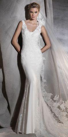 Pronovias 2017 sculptural crepe and tulle mermaid wedding dress