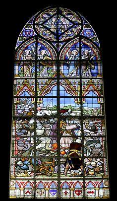 L'un des 21 vitraux qui ornent l'église Saint Pierre de Bouvines et qui racontent la bataille