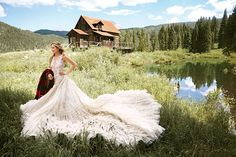 Australian model Bridget Malcolm heads outdoors for the October-November 2016 cover of Brides Magazine. Photographed by Tom Schimarcher, the blonde is all… Wedding News, Wedding Styles, Long Bridesmaid Dresses, Wedding Dresses, Bridesmaid Hairstyles, Monique Lhuillier Dresses, Royal Weddings, Rustic Weddings, Victoria Secret Fashion Show