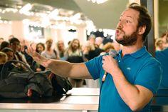 Olivier Dubois stand nach der Aufführung von SOULS Rede und Antwort.