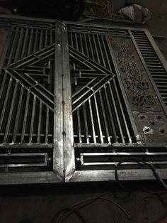 Grill Gate Design, Window Grill Design Modern, House Main Gates Design, Modern Fence Design, Front Gate Design, Door Gate Design, House Front Design, Steel Railing Design, Balcony Railing Design