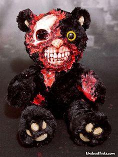 Cute Zombie, Zombie Art, Creepy Stuffed Animals, Zombie Silhouette, Childhood Friends, Scary, Kawaii, Stuffed Toys, Christmas Ornaments