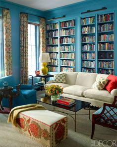 Tour: A Relaxed, Colorful Manhattan Townhouse Katie Ridder New York Home - Colorful Manhattan Townhouse - ELLE DECOR Fantastic ottoman!Katie Ridder New York Home - Colorful Manhattan Townhouse - ELLE DECOR Fantastic ottoman! Elle Decor, New York Homes, Home Libraries, Traditional Interior, Neo Traditional, Home Interior, Interior Livingroom, House Tours, Townhouse