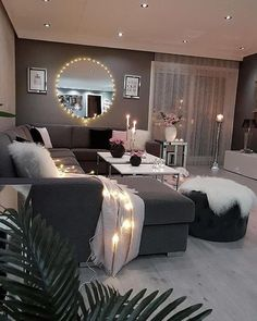 Small Living Room Design, Living Room Decor Cozy, Home Living Room, Apartment Living, Living Room Designs, Cozy Apartment, Condo Living, Apartment Ideas, First Apartment Decorating