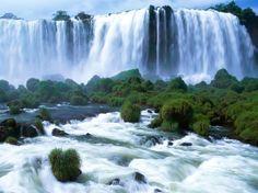 Водопад Игуасу — «океан, низвергающийся в бездну