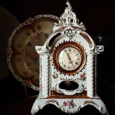 A fabulous antique clock! Victorian Decor, Victorian Homes, Victorian Era, Romance Art, Burgundy And Gold, Vintage Antiques, Retro, Clocks, Instagram Posts
